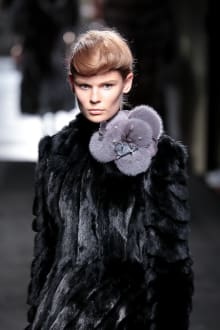 "FENDI ""Haute Fourrure"" in TOKYO 2015-16AW Couture 東京コレクション 画像4/72"
