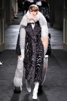 "FENDI ""Haute Fourrure"" in TOKYO 2015-16AW Couture 東京コレクション 画像19/72"