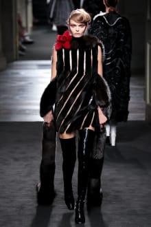 "FENDI ""Haute Fourrure"" in TOKYO 2015-16AW Couture 東京コレクション 画像23/72"