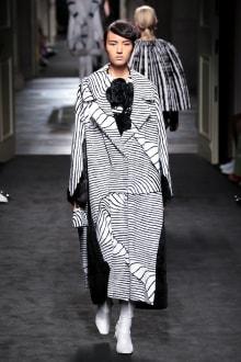 "FENDI ""Haute Fourrure"" in TOKYO 2015-16AW Couture 東京コレクション 画像27/72"