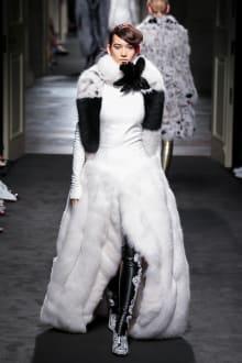 "FENDI ""Haute Fourrure"" in TOKYO 2015-16AW Couture 東京コレクション 画像33/72"