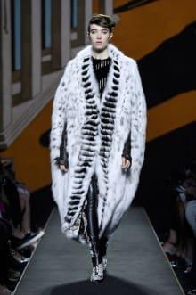 FENDI 2015-16AW Couture パリコレクション 画像16/34