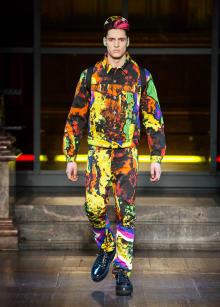 MOSCHINO -Men's- 2016-17AW ロンドンコレクション 画像41/53