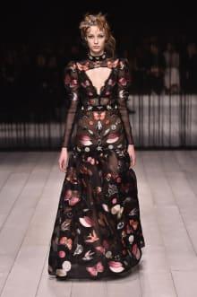 Alexander McQueen -Women's- 2016-17AW ロンドンコレクション 画像21/42
