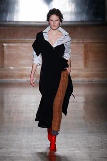 Vivienne Westwood -Women's- 2016-17AW ロンドンコレクション 画像2/41