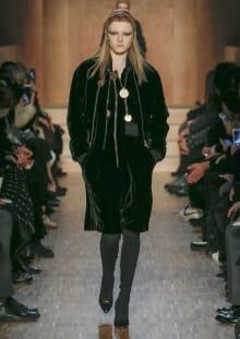 Givenchy by Riccardo Tisci 2016-17AW パリコレクション 画像16/51