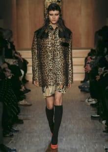 Givenchy by Riccardo Tisci 2016-17AW パリコレクション 画像38/51