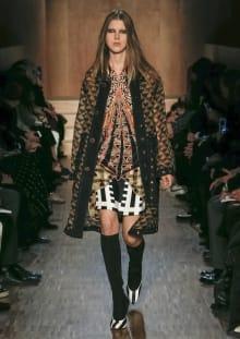 Givenchy by Riccardo Tisci 2016-17AW パリコレクション 画像49/51