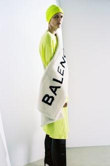 BALENCIAGA 2016 Pre-Fall Collectionコレクション 画像1/30