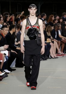 Givenchy by Riccardo Tisci 2017SS パリコレクション 画像11/65