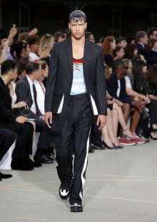 Givenchy by Riccardo Tisci 2017SS パリコレクション 画像14/65