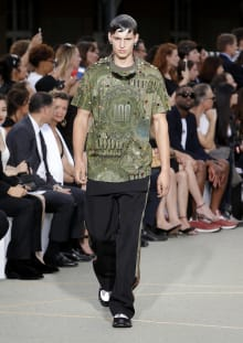Givenchy by Riccardo Tisci 2017SS パリコレクション 画像23/65