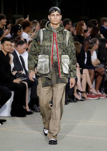 Givenchy by Riccardo Tisci 2017SS パリコレクション 画像37/65