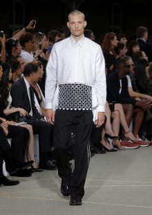 Givenchy by Riccardo Tisci 2017SS パリコレクション 画像48/65