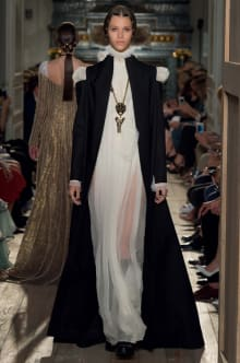 VALENTINO 2016-17AW Couture パリコレクション 画像53/73