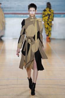 Vivienne Westwood 2017-18AW ロンドンコレクション 画像23/62