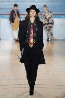 Vivienne Westwood 2017-18AW ロンドンコレクション 画像28/62