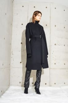 CINOH 2017 Pre-Fall Collectionコレクション 画像1/22
