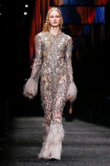 Alexander McQueen 2017-18AW パリコレクション 画像45/45