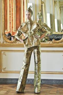 Alexander McQueen 2010-11AWコレクション 画像7/32
