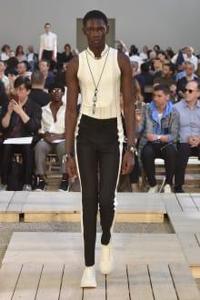 Alexander McQueen 2018SS パリコレクション 画像3/39