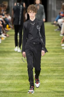 DIOR HOMME 2018SS パリコレクション 画像15/47