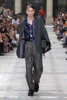 LOUIS VUITTON -Men's- 2018SS パリコレクション 画像30/42