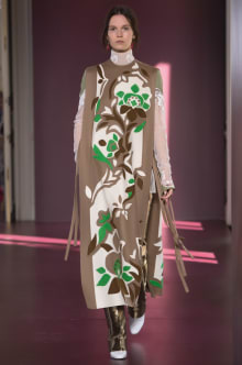VALENTINO 2017-18AW Couture パリコレクション 画像32/69
