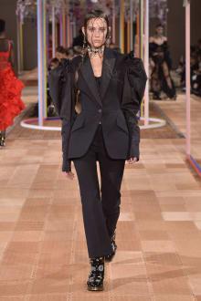 Alexander McQueen -Women's- 2018SS パリコレクション 画像40/46