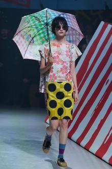 Vivienne Westwood Anglomania 東京コレクション 画像18/35