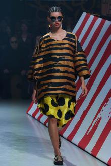 Vivienne Westwood Anglomania 東京コレクション 画像21/35