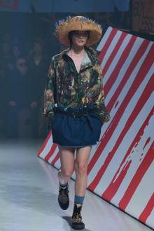 Vivienne Westwood Anglomania 東京コレクション 画像34/35