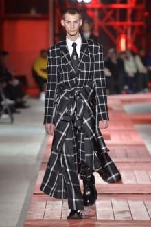 Alexander McQueen -Men's- 2018-19AW パリコレクション 画像4/40