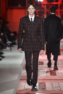Alexander McQueen -Men's- 2018-19AW パリコレクション 画像5/40