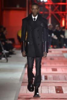 Alexander McQueen -Men's- 2018-19AW パリコレクション 画像9/40