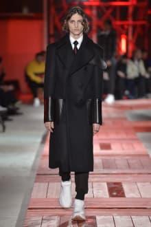 Alexander McQueen -Men's- 2018-19AW パリコレクション 画像11/40