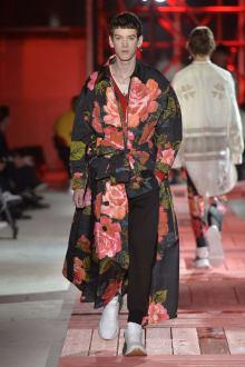 Alexander McQueen -Men's- 2018-19AW パリコレクション 画像30/40