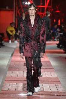 Alexander McQueen -Men's- 2018-19AW パリコレクション 画像35/40