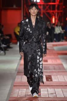 Alexander McQueen -Men's- 2018-19AW パリコレクション 画像37/40