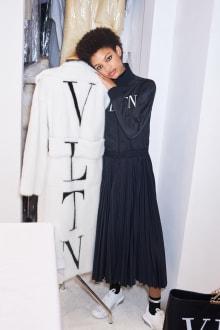 VALENTINO -Women's- 2018 Pre-Fallコレクション 画像14/45