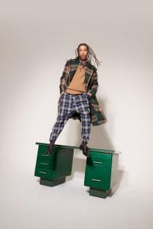 Vivienne Westwood 2018-19AW ロンドンコレクション 画像18/55
