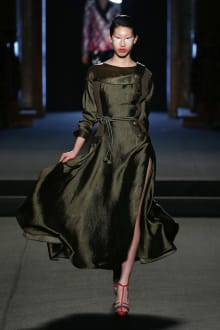 Julien Fournié 2018SS Couture パリコレクション 画像1/31