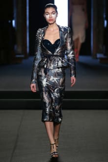Julien Fournié 2018SS Couture パリコレクション 画像9/31