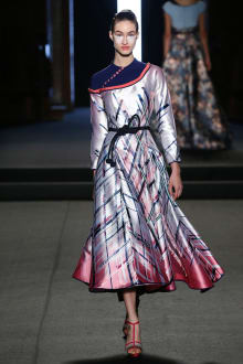 Julien Fournié 2018SS Couture パリコレクション 画像20/31
