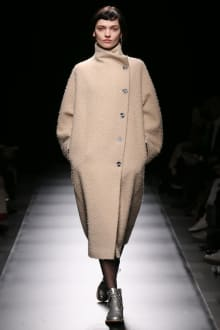 support surface 2018-19AW 東京コレクション 画像49/93