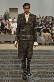 Alexander McQueen -Men's- 2019SS パリコレクション 画像14/41