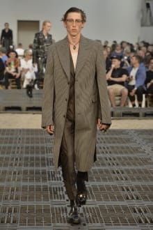 Alexander McQueen -Men's- 2019SS パリコレクション 画像16/41
