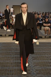 Alexander McQueen -Men's- 2019SS パリコレクション 画像36/41