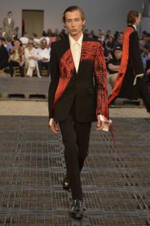 Alexander McQueen -Men's- 2019SS パリコレクション 画像38/41