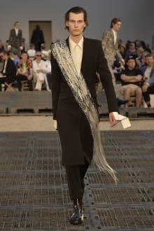 Alexander McQueen -Men's- 2019SS パリコレクション 画像39/41